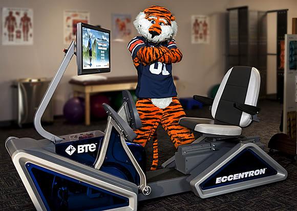 Auburn-University-Athletic-Trainers-Crowdfund-BTE-Eccentron-Rehab-EccentricExercise